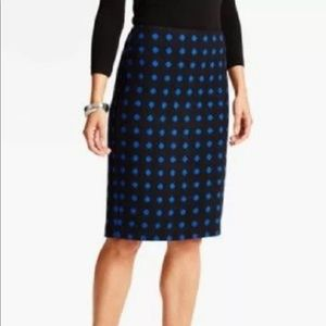 Talbots ~Black & blue Polka dot pencil skirt 💞